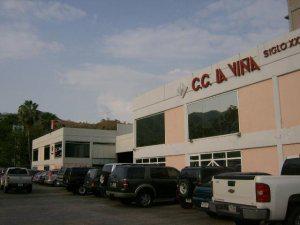 Alquiler local para deposito en centro comercial la viña