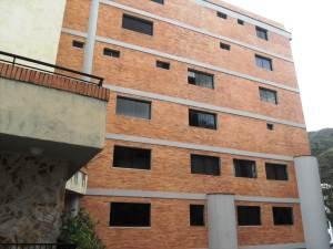 Apartamento en Venta Lomas del Este Edo Carabobo Cód. 13