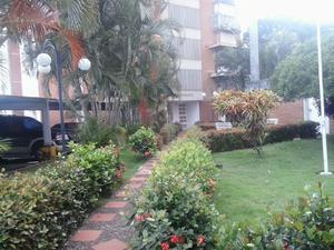 Apartamento en san maracay, jardines amplios y hermosos