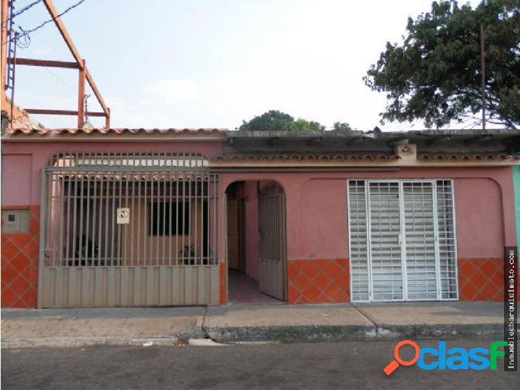 Casa en Venta en Barquisimeto 19-8098 DS