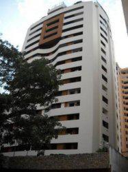 Venta de comodo y excelente apartamento en El Parral MLS 13