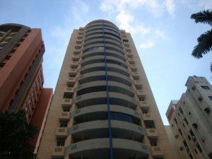 Venta de espectacular apartamento en Las Chimeneas MLS 13