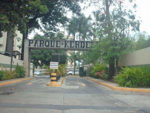 Venta de espectacular apartmento en Las Acacias MLS 12