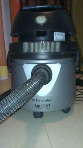 Aspiradora Electrolux 1200 W