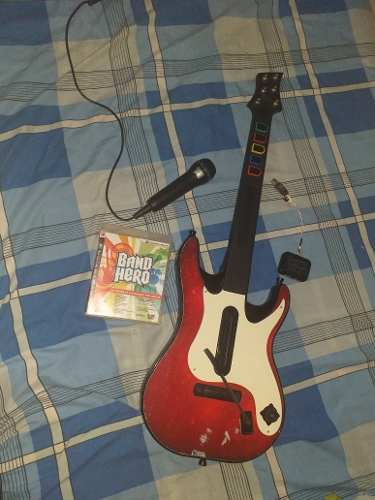 Guitarra, Micrófono Y Juego De Guitar Hero Para Ps3
