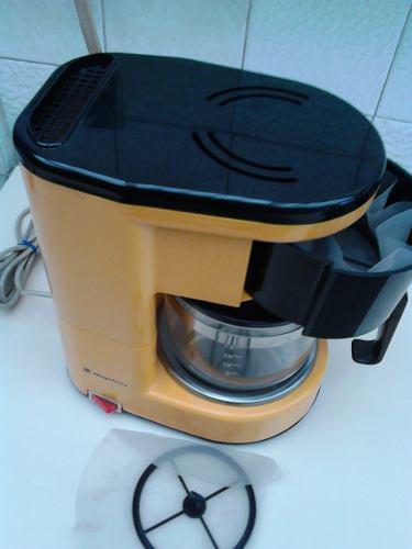 Cafetera Electrica Magefesa 18 Tazas