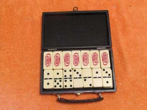 Juego De Domino Profesional Con Estuche (usado)