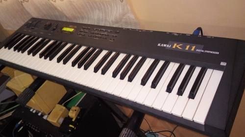 Teclado Kawai K11 Midi Sintetizador