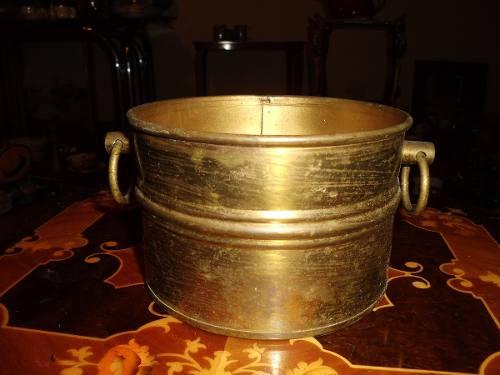 Antiguo Matero De Bronce Con Asas En Buen Estado