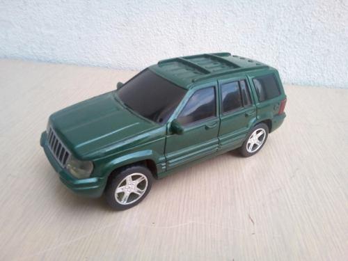 Carro A Escala Toymax  Jeep Grand Cherokee
