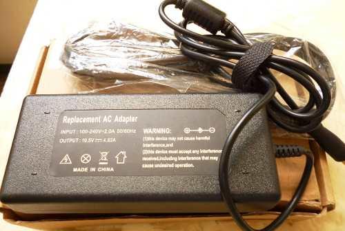 Cargador Universal Para Laptop v-2.0a -19.5v-4.62a