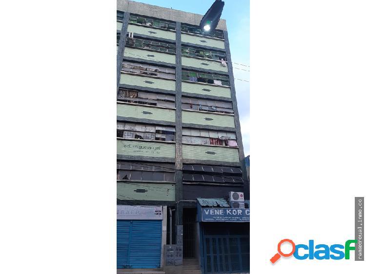 Cód 402836 Apartamento en el centro de Valencia.