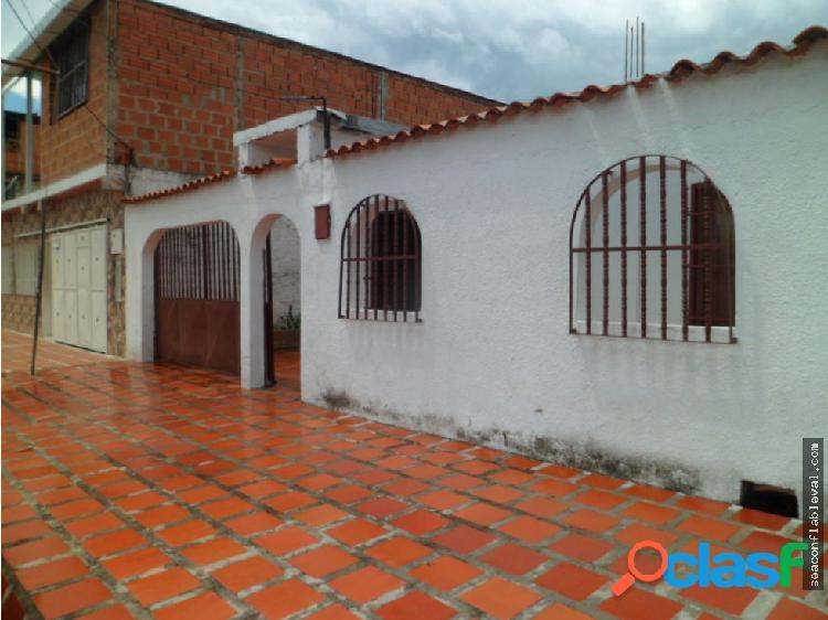 Casa en Venta Quinta Sector Caña de Azucar