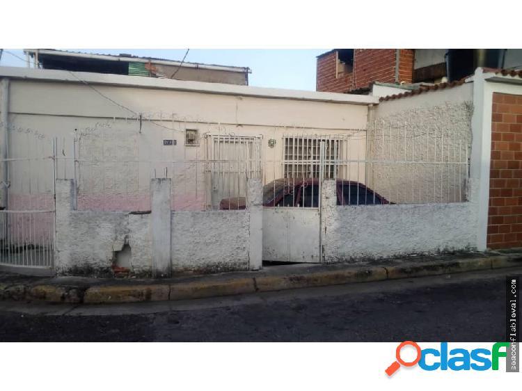 Se Vende Casa en La Urb Santa Ana Naguanagua