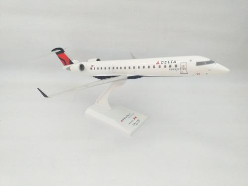 Avión A Escala Crj700 Delta Airlines