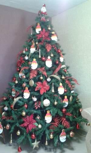 Árbol De Navidad Artificial Usado Con Decoración