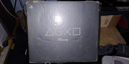 Playstation 1 (one) + 2 Controles + Adaptador A Tv Viejos.