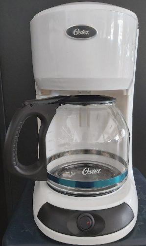 Cafetera Oster 3196, 12 Tazas Eléctrica.(Tienda Fisica