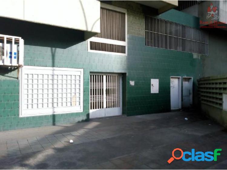 Avenida Constitucion Maracay ZP19-18346