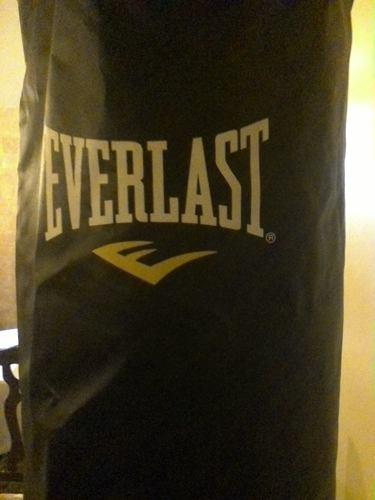 Saco De Boxeo Everlast Power Core + Guantes De Boxeo Sanabul