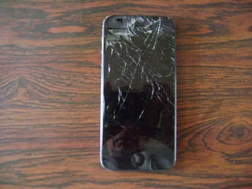Celular iPhone 4 Para Repuesto, Prende, Pila, Cámara Bien.
