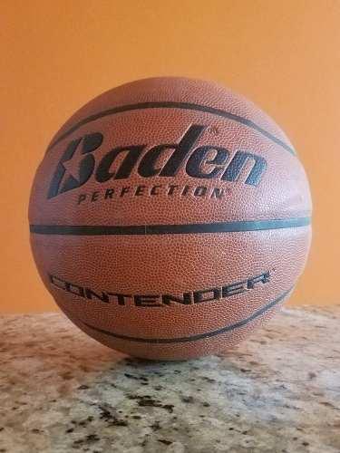 Balón De Basketball Marca Baden Semicuero