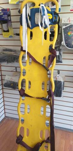 Tabla De Rescate Con Cinturones Y Inmovilizador De Cabeza