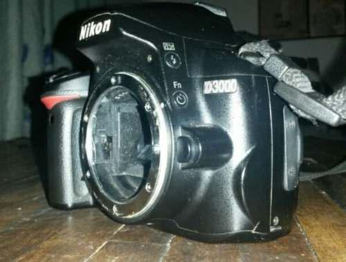 Cámara Profesional Nikon D3000 + Accesorios