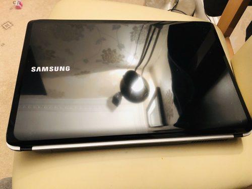 Oferta Laptop Samsung Rv51 Dual Core + 4 Gb Ram + 320 Gb Hdd