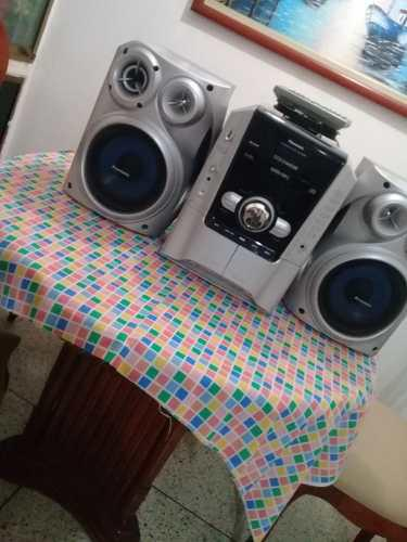 Equipo De Sonido Panasonic 5 Bandejas Para Cd