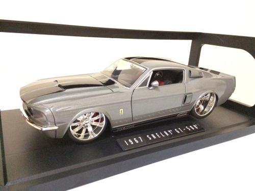 Shelby Gt- Escala 1/18 Carro De Colección