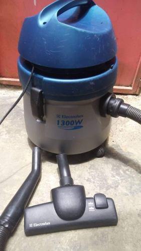 Aspiradora Electrolux 1300w