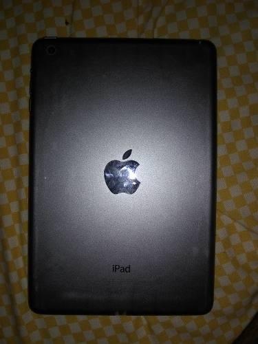 Tablet Mini iPad Modelo  Mica Partida Pantalla Buena