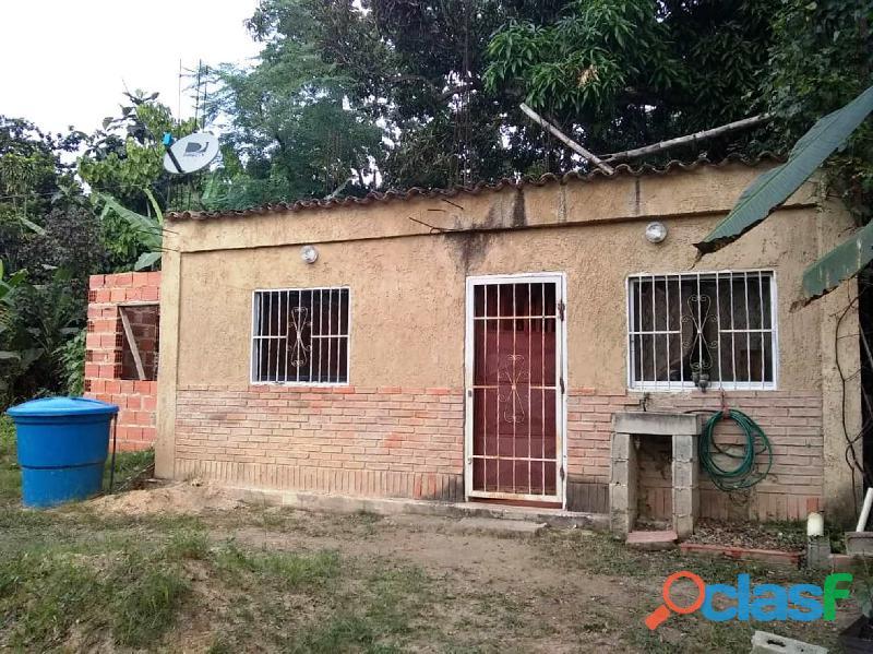 Se Vende Casa en Construccion en el sector La Josefina I,La