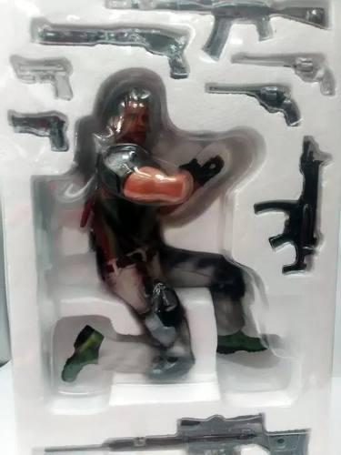 Muñeco Colección Resident Evil Chris -m325