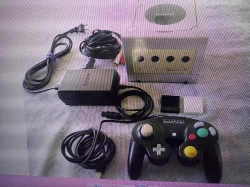 Nintendo Game Cube Con Un Control Y 24 Juegos Todos Original