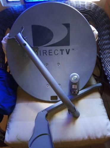 Antena Directv Lente Foco Lnb Gris Dual Hd Coaxial 17$