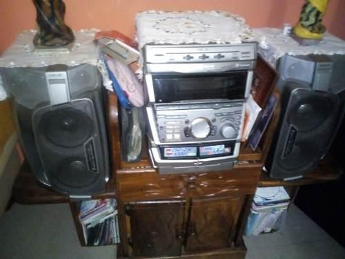 Equipo Sonido3 Cd Radio 2 Cornetas 250 W 400 W