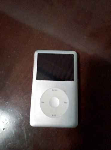 iPod Clásico 80gb Como Nuevo.