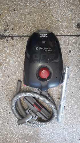 Aspiradora Electrolux Easybox 1.600w Original Setenta Pinos
