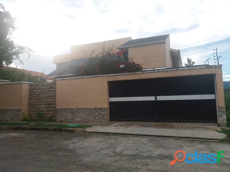 Exclusiva Casa en Altos de Guataparo SDC 436