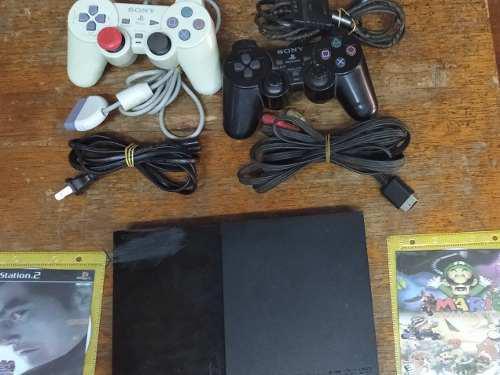 Playstation 2 Con 2 Controles Cables Y 2 Juegos Chip Matrix