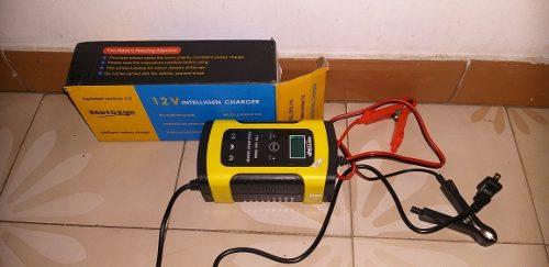 Cargador Electronico De Bateria Para Carro Y Moto 12v