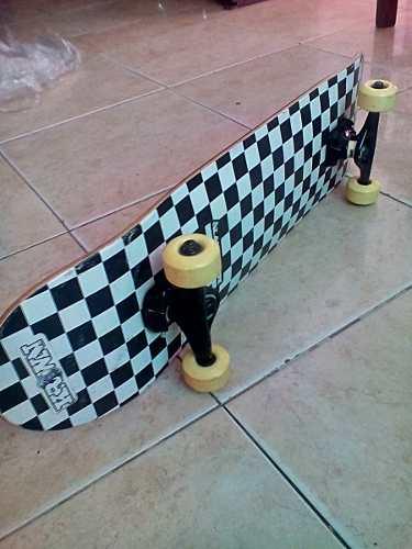 Patineta Skateboard Marca Krown