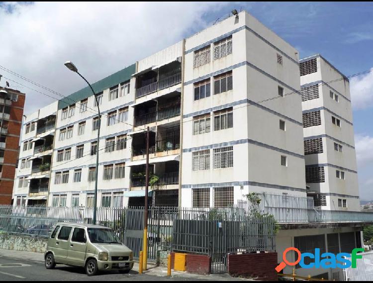 Apartamento en venta Los Chaguaramos RAH: 16-4260