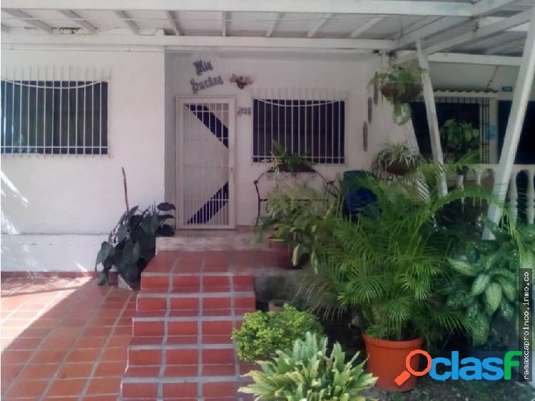 Casa Lomas de La Hacienda