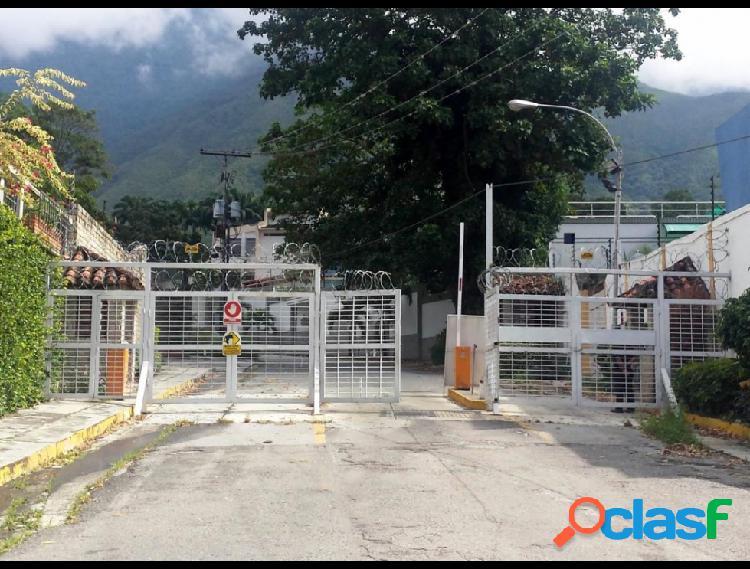 Casa en Venta en El Castaño (Zona Privada) Maracay