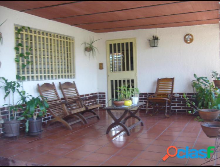 Casa en Venta en El Toro de Las Delicias, Maracay