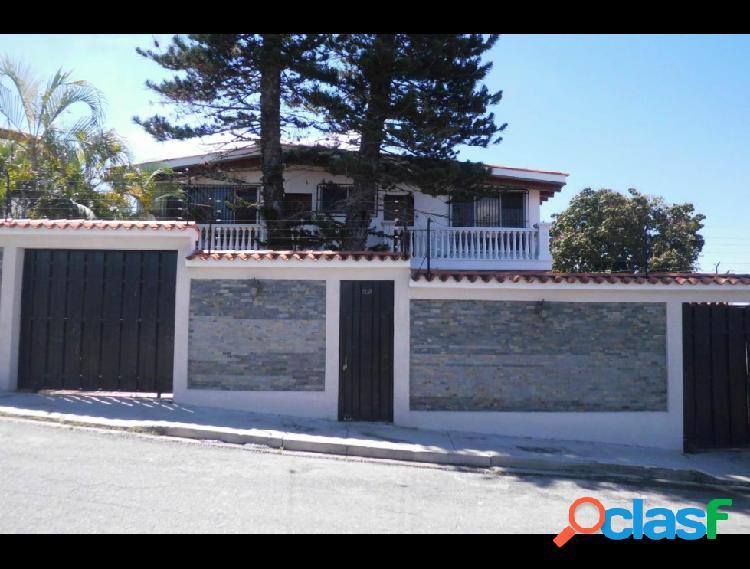 Casa en venta Colinas De Santa RosaRAH: 19-2807