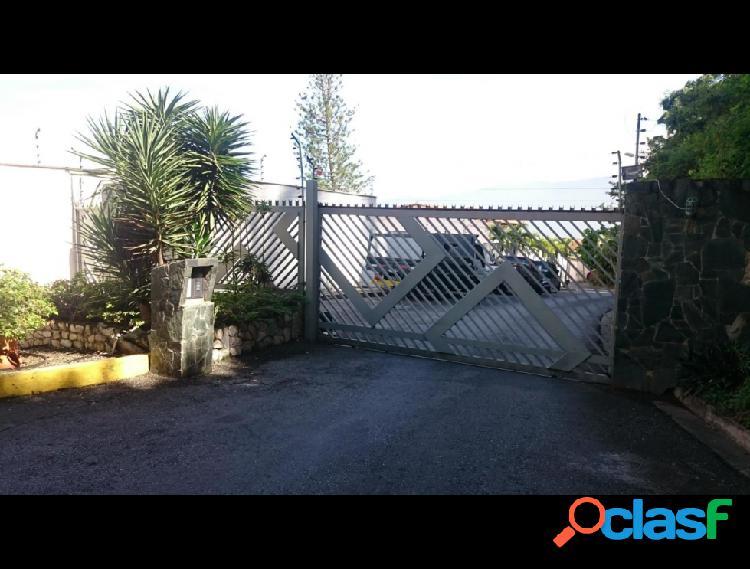 Casa en venta Colinas de Santa Monica 17-10441